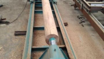 Станки для лущения древесины