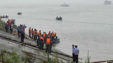 В Китае утонул корабль с 450 пассажирами