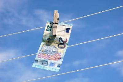 Обмен валют: вКитайской республике установили жесткий контроль