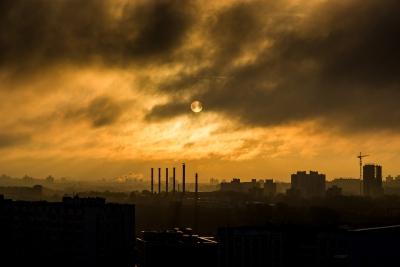 Встолице Китая объявлен высший уровень тревоги из-за загрязнения воздуха